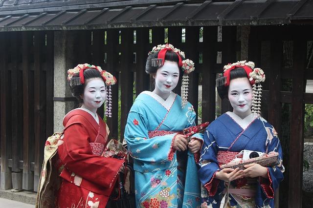 京都で舞妓(まいこ)さんに無料で会える方法があった!5つの花街と場所も併せて紹介